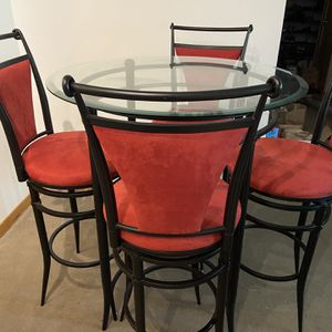 Beautiful Glass Table with 4 Suede Bar stools - Like new for Sale in Portland, OR