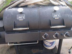 Bbq grill for Sale in Mount Dora, FL