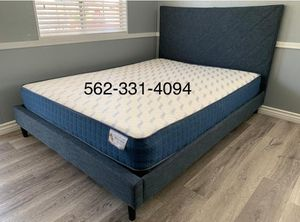 Queen blue pabbed bed w. Supreme orthopedic mattress included for Sale in Caruthers, CA