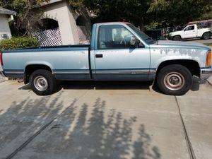 91 GMC TRUCK 2WD LONGBED 5.7 L for Sale in Stockton, CA