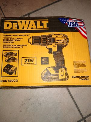 DeWalt compact driver kit buy one get one free! for Sale in Las Vegas, NV