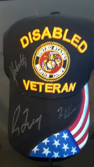 MARINE CORPS CAP AUTOGRAPHED BY ATLANTA BRAVES 3 HOF PITCHERS for Sale in Clovis, CA