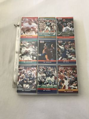 NFL Players Year 1990 Trading Cards Around 200 Cards Great Condition All For $25 for Sale in Reedley, CA