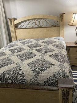 Bedroom Set for Sale in Lehigh Acres,  FL