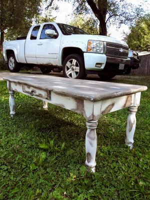 Rustic Distressed Bench Seat/ Coffee Table! 1 drawer! Solid Wood! 46W x 19D x 16.5H. Creams & browns! for Sale in Joliet, IL