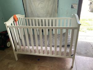 Baby crib for Sale in Lockhart, TX