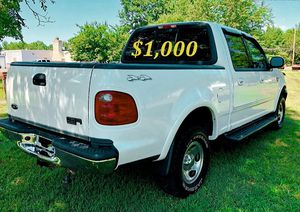 🟢💲1,OOO For sale URGENTLY this Beautiful💚2002 Ford F150 nice Family truck XLT Super Crew Cab 4-Door Runs and drives very smooth V8🟢 for Sale in Long Beach, CA