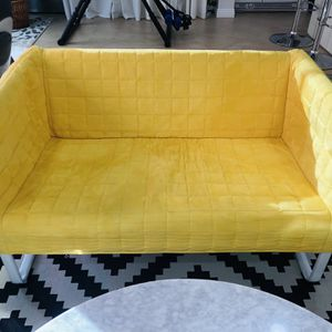 SMALL YELLOW SOFA / COUCH for Sale in Fountain Valley, CA