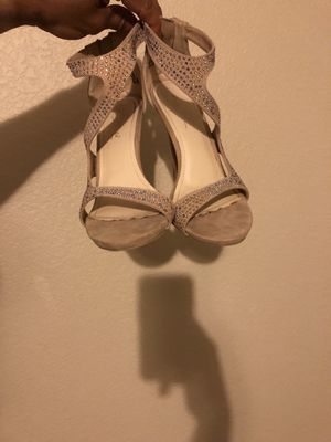 nude w/ rhinestone heels size 7.5 for Sale in Sanger, CA