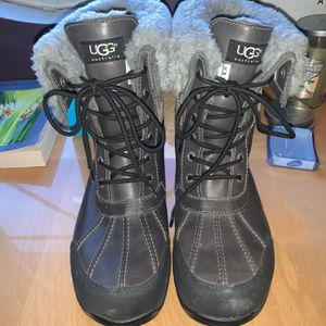 Ugg Mens Butte Boots for Sale in Washington, DC