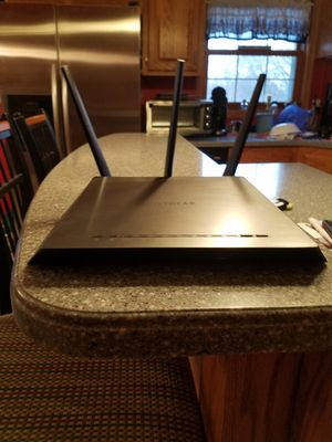 Netgear Nighthawk AC1750 wifi router for Sale in Bristol, WI