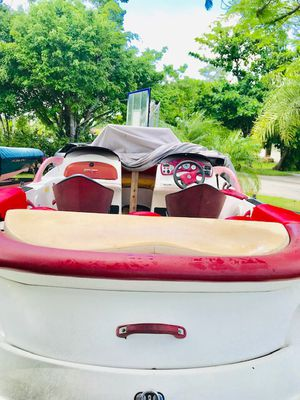 2014 continental trailer like new plus 1999 seadoo challenger 1800 for Sale in HALNDLE BCH, FL