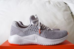 Nike Men's Free TR Training Shoes Size 11 for Sale in St. Petersburg, FL
