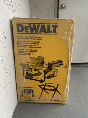"""DEWALT TABLE SAW 10"""" + STAND for Sale in North Lauderdale, FL"""
