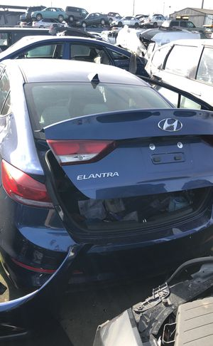2018 Hyundai Elantra parting out for Sale in Kent, WA