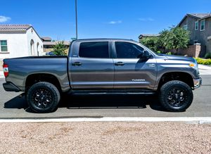TOYOTA TUNDRA 2014 TRUCK ***AMAZING!*** for Sale in Mesa, AZ
