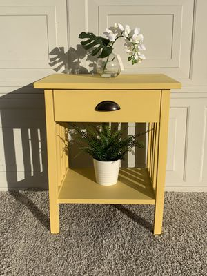 "Stylish Single 1-Drawer Nightstand | Side Table (L21""xW16""xH25"") *Excellent Condition) *If the ad still up, it's available * for Sale in Monterey Park, CA"