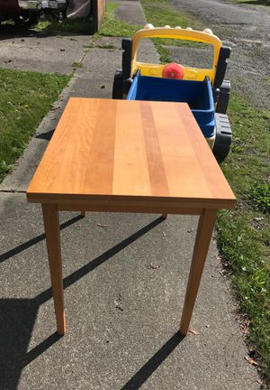 Free Folding Kitchen Table for Sale in Tacoma, WA