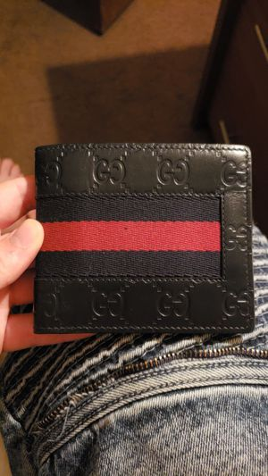 Authentic Gucci Wallet. $250 obo. for Sale in Winter Park, FL