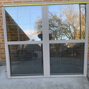 Ventana Altura 60x 65 Imedia De Ancho for Sale in Dallas, TX