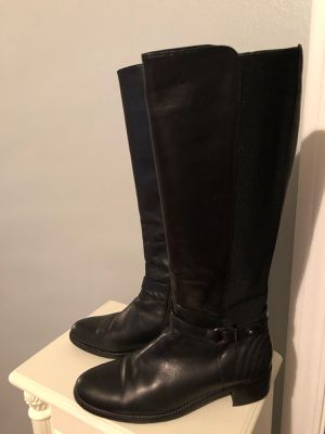 Women's Aquatalia leather boots for Sale in Waukegan, IL