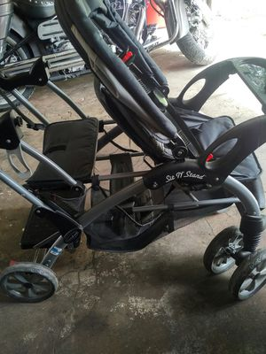 Baby trend sit and stand double stroller for Sale in Beaver Falls, PA