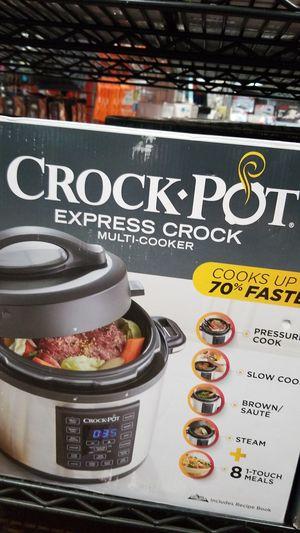 CROCK POT EXPRESS CROCK MULTI COOKER for Sale in Garland, TX