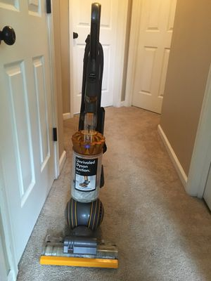 Dyson vacuum 100$ obo for Sale in Charles Town, WV