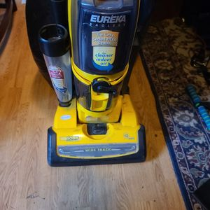 Free Vacuum for Sale in Portland, OR