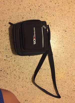 Nintendo 3ds carrier for Sale in Miami, FL