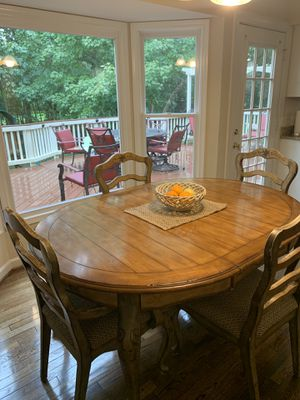 Kitchen table for Sale in Centreville, VA