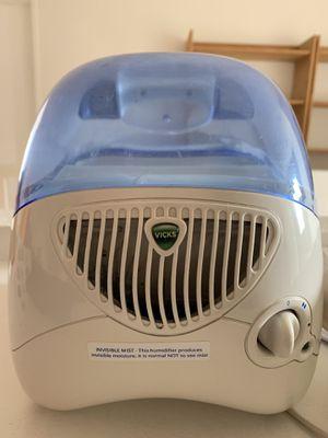 Vick's Humidifier for Sale in Tustin, CA