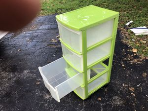 Plastic 4 drawer set in perfect, like new condition = $10 for Sale in Homestead, FL