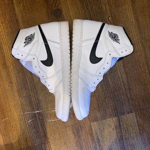 "Air Jordan 1 ""Yin Yang"" OG Size 11 for Sale in Galloway, OH"