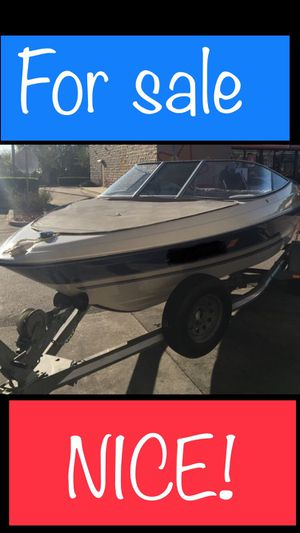 NICE 18 FT Boat Bowrider Outboard w Trailer for Sale in Belle Isle, FL