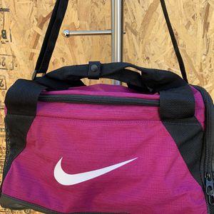 Nike Hot Pink Duffle / Workout Bag for Sale in Phoenix, AZ