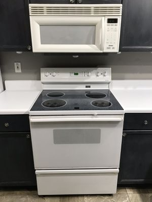 Kenmore Oven and Microwave White Combo for Sale in Canton, GA