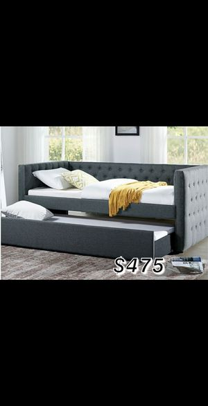 TWIN/TWIN DAY BED W/ MATTRESS INCLUDED for Sale in Compton, CA