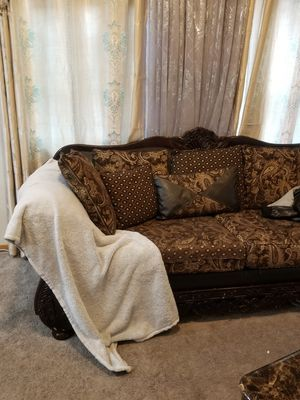 Sofa and loveseat for Sale in Everett, WA