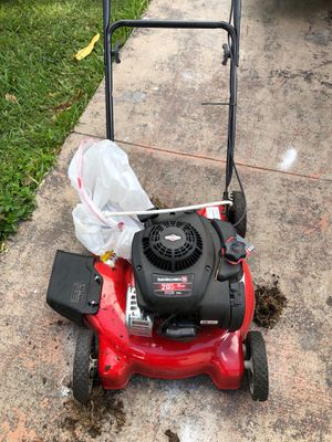 Lawn mower perfect conditions used once for Sale in Miami, FL