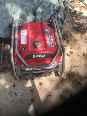 ( 3600 Watts ) Black Max Generator for Sale in Baltimore, MD