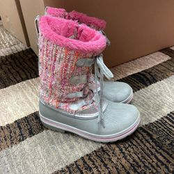 Girls Snow Boots for Sale in Vancouver,  WA