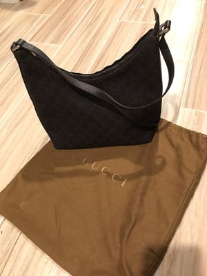 Gucci logo hobo bag for Sale in Livingston, NJ