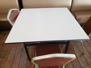 Folding Table for Sale in Honolulu, HI