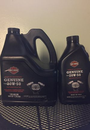 Harley Davidson motorcycle oil for Sale in Fort Worth, TX