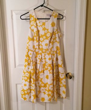 Yellow floral dress for Sale in Herndon, VA