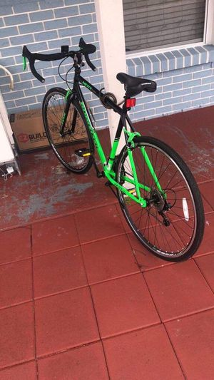 700c Men's Kent RoadTech Road Bike, Green/Black for Sale in Tampa, FL