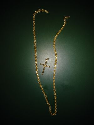 Real 10k chain & Charm, HOLLOW NOT SOLID for Sale in Montgomery, AL