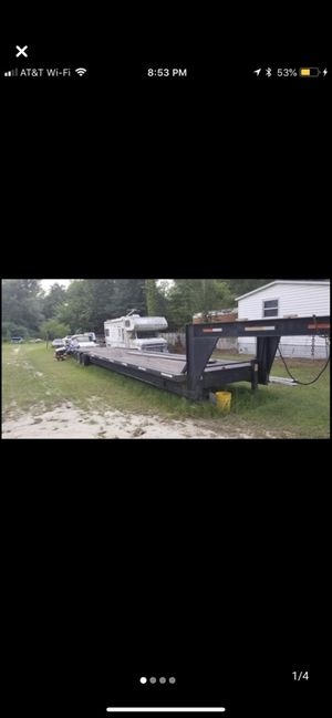 C.f. Trailer Gooseneck Flatbed trailer 48 ft double aixle for Sale in Sanford, NC