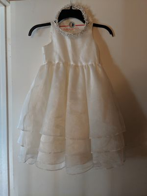 Flower girl dress ivory for Sale in Las Vegas, NV